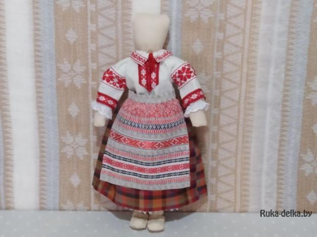 кукла в белорусском народном костюме
